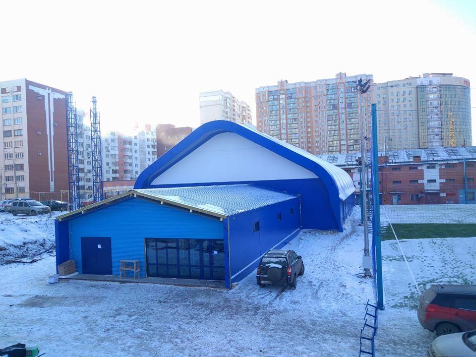 Административные бытовые спортивные комплексы