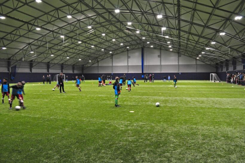 Полноразмерный футбольный манеж